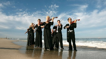 """Symphony In The Sea"" Performed At Cottesloe Beach"