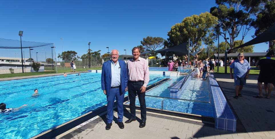 Minister Mick Murray at the Southern Cross Aquatic Centre
