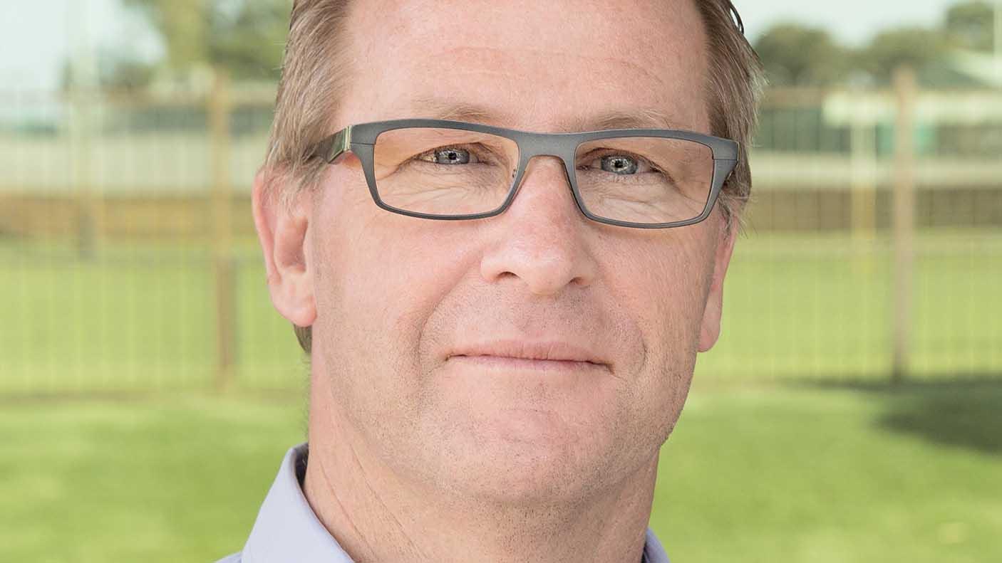 Portrait of Gordon MacMile